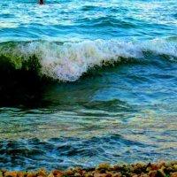 Шумит морской прибой... Тритон спешит домой! :: Мария Кондакова
