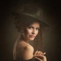 Portrait in a hat... :: Михаил Смирнов