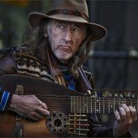Сергей Садов - гитарист с Арбата :: Виктор Перякин