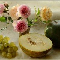 Пусть осень стучится в наш дом :: galina tihonova