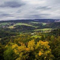 Вид из башни замка в Чехии :: Василий Игумнов