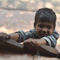 Индия. Мальчик нищий :: Владимир Шибинский