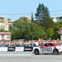 Рекламная кампания диллера ниссан и Top Gear :: Антон Банков