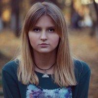"""жду трамвая"" лицо без эмоций :: Anastasia Mitrofanova"