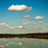 Облака купаются в воде :: Владимир Максимов