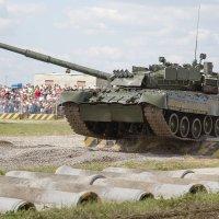 Броня крепка и танки наши быстры (Т-80) :: Павел Myth Буканов