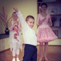 Танец :: Оксана Антонова