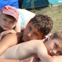 Дети под солнцем :: Алексей Егоров