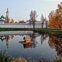 В зеркале осени :: Николай Белавин