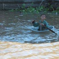 Камбоджа, озеро Тонлесап :: Владимир Шибинский
