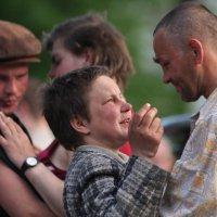 Народ танцует :: Анатолий Сафонов