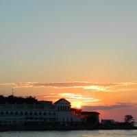 Закат над Графской пристанью :: Алена Ильина