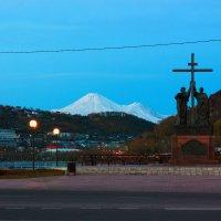 Петр, Павел и Авачинский вулкан :: Sergey Alyaseev