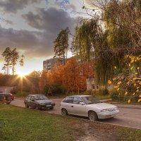 Осенний город 2 :: Владимир