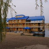 осень на реке :: Пётр Сухов
