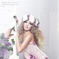 Девушка - весна :: Elena Haustova