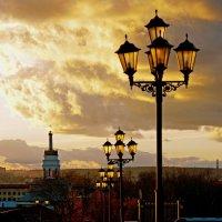 Уличные фонари :: Владимир Максимов