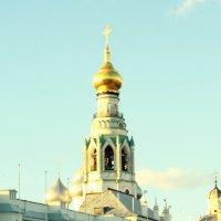колокольня на кремлёвской площади :: Irina Osetrova
