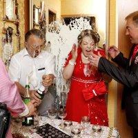 так открывают шампанское :: владимир васильев