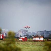 Як-130 на глиссаде :: Павел Myth Буканов