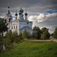 Жестылево. Церковь Покрова Пресвятой Богородицы :: *Марiя *