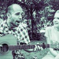 Девушка и гитара :: Андрей Пашко