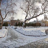 Театральный сквер. :: Юрий Михайлов