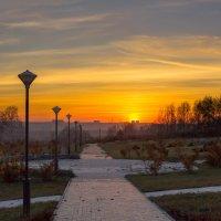 Дорога на закат :: Дмитрий Чемезов