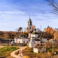 Осень в Старице :: Виктор Готлиб
