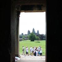 Камбоджа. Ангкор-Ват. А вот и главный храм :: Владимир Шибинский