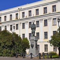 Памятник П.К. Пахтусову :: Надежда Лаптева