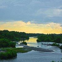 На берегу реки Абакан :: юрий Амосов