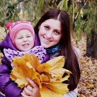 Мама и дочь :: Наталья Коломийчук