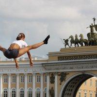 Артём Микеров - Прыжок в Санкт-Петербурге :: Фотоконкурс Epson