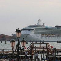 Венеция-город контрастов. :: Vladimir