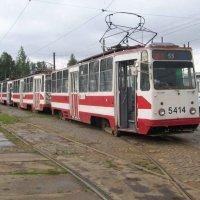 Трамвайный парк N5 (12.07.2007) :: Владимир Варивода