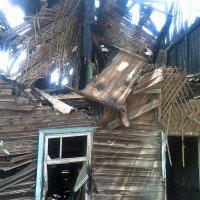 После пожара :: Пётр Сухов