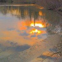 Золотые блики на воде :: Нина северянка