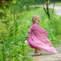 Игра в бабочку :: Анастасия Глазнева