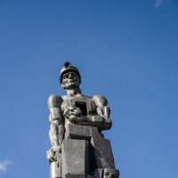 Памятник шахтёрам :: Роман Яшкин
