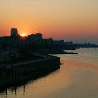Днепр закатный :: Артем Шлычков