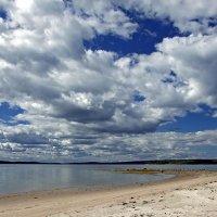 Облака над Белым морем :: Максим Судаков