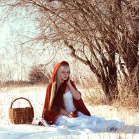 Red Riding Hood :: Ann Freyd