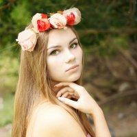 Rose :: Ann Freyd