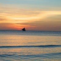 закат на острове Боракай :: Денис Осин