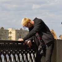 Скучающий фотограф :: Sergei Khandrikov