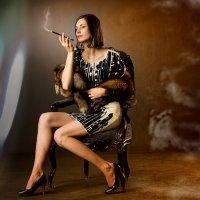 дама с сигаретой :: Александр Истинный