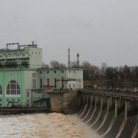 первая ГЭС в нашей стране. :: Сергей Румянцев