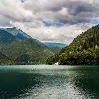 Абхазия. Озеро Рица :: Виталий Ахмедьянов