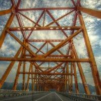 На мосту :: Влад *
